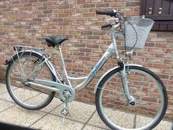 super v lo ville dame alu city star bike 28 pouces 7 vitesses. Black Bedroom Furniture Sets. Home Design Ideas