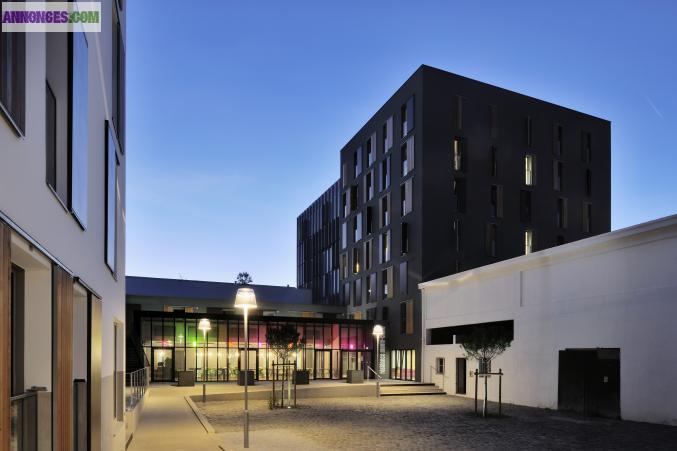 Studio meubl 20m2 r sidence neuve centre nantes for Garage a domicile nantes
