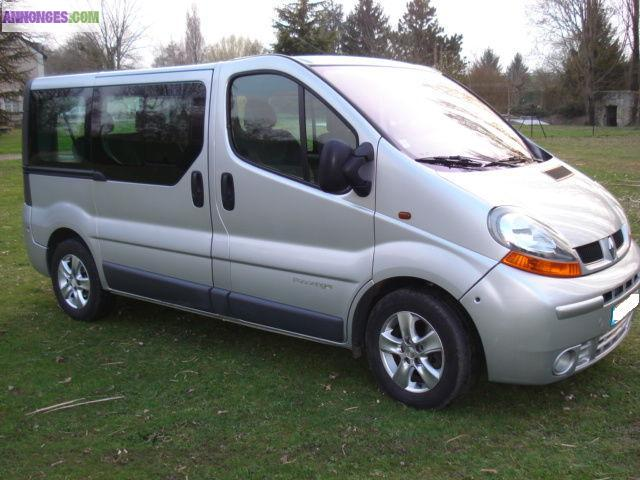 renault trafic 2 passenger dci 100 expression 7 places. Black Bedroom Furniture Sets. Home Design Ideas