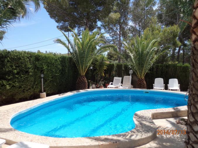 Location villa avec piscine en espagne for Villa avec piscine en espagne