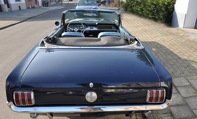 a vendre ford mustang convertible 1966. Black Bedroom Furniture Sets. Home Design Ideas