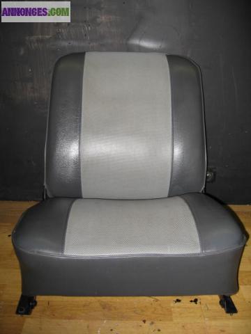 siege console renault 4l f4. Black Bedroom Furniture Sets. Home Design Ideas