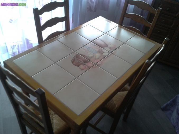 table carrel e et ses 4 chaises. Black Bedroom Furniture Sets. Home Design Ideas