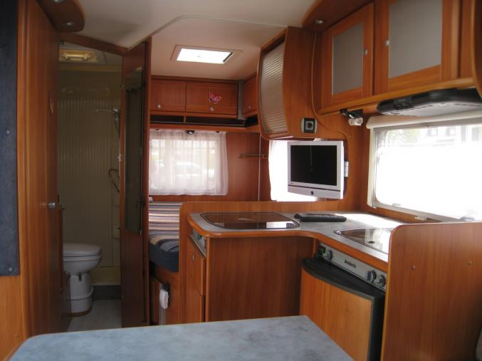 CAMPING CAR PROFILE