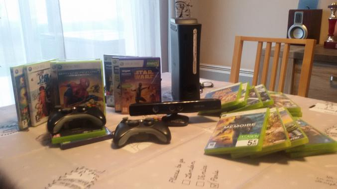 Console XBOX 360 + manettes + kinect