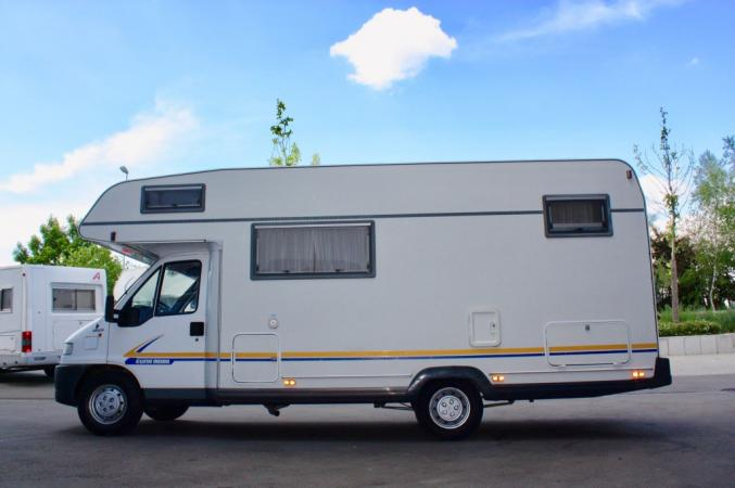 A donner Camping car FIAT Ducato 2.8TD CT:OK