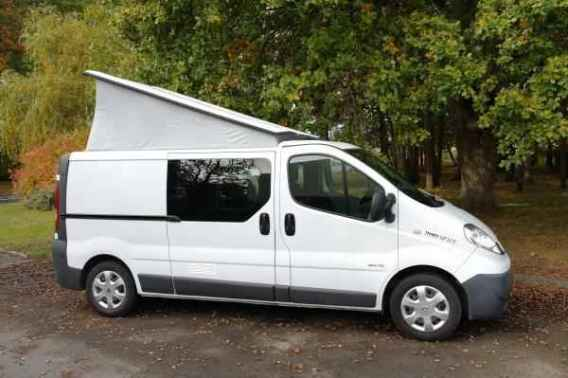 fourgon am nag renault trafic 4 places. Black Bedroom Furniture Sets. Home Design Ideas