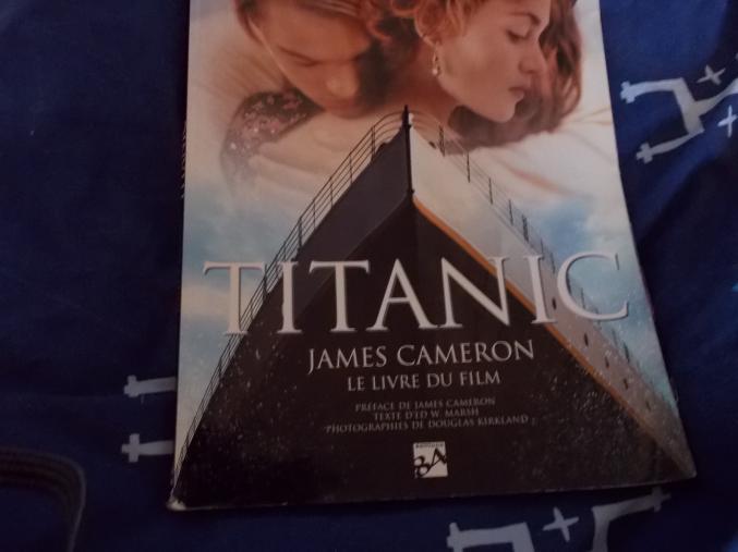 livre sur le film titanic. Black Bedroom Furniture Sets. Home Design Ideas