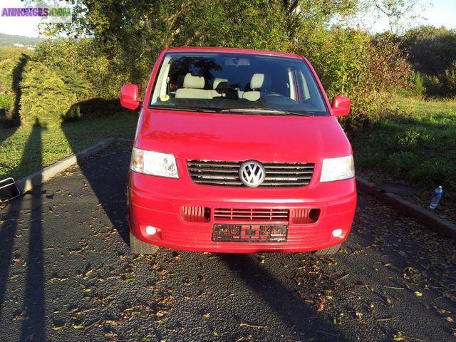 Combi Court Picture: Volkswagen Transporter Combi Court 2.5 Tdi