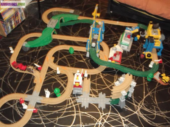 Circuit de train fisher price for Garage htm marignane