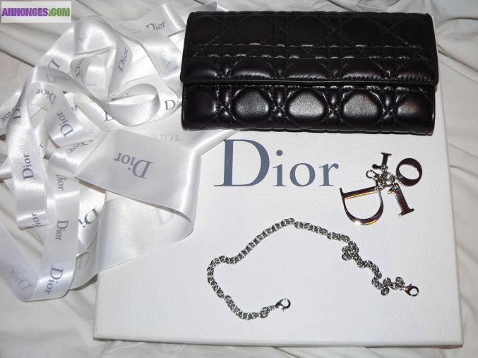 624866b8751d Le portefeuille Dior authentique neuf « Lady Dior »